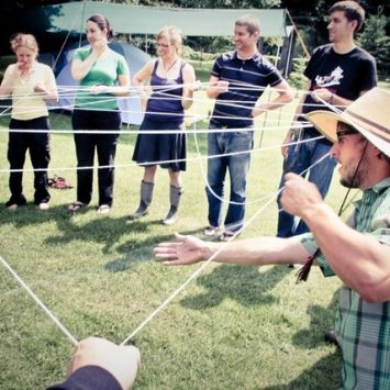 PDC String Game